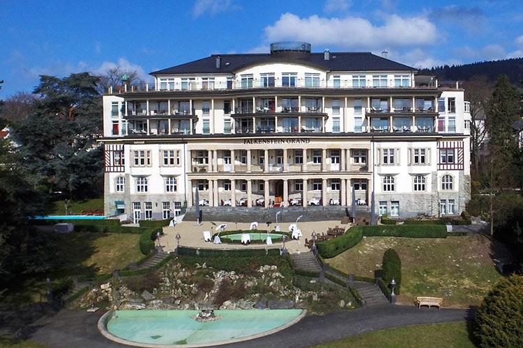 das hochzeits foto kempinski falkenstein grand 01 - Kempinski Falkenstein Grand, Frankfurt